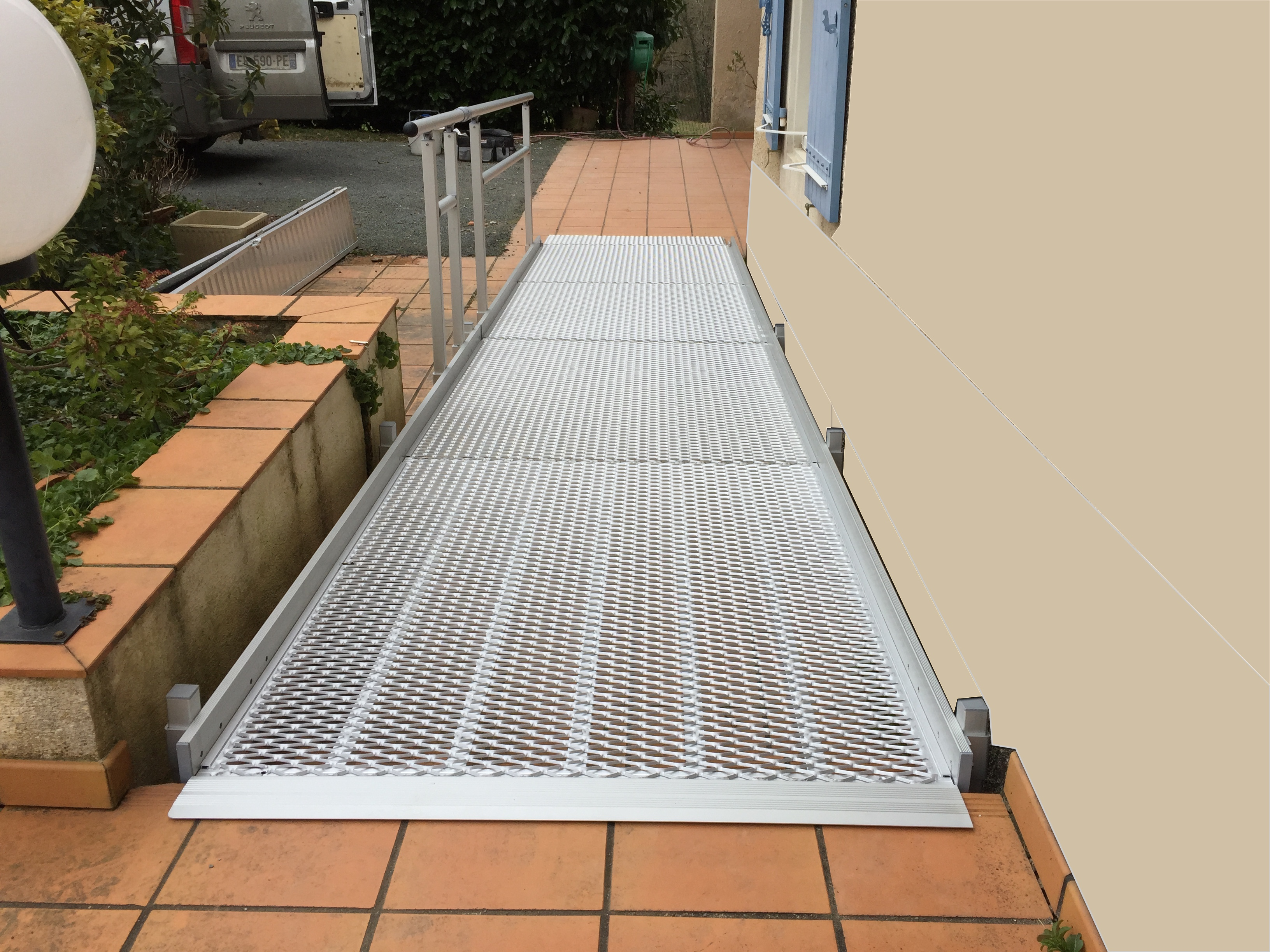 Rampe FEAL passerelle modulaire PMR